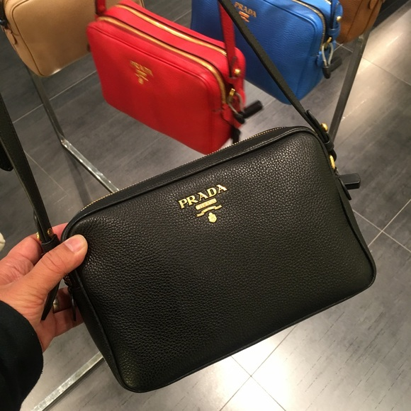 e5cb0b30fbdd Prada Bags | Vitello Phenix Crossbody | Poshmark